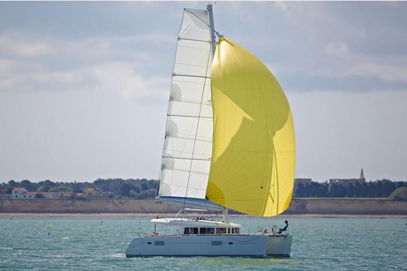 Les catamarans Lagoon surfent sur le succès
