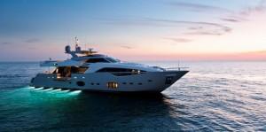 Ferretti Custom Line 100 wins at the Motor Boat of the Year award 2012