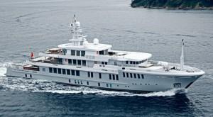 Le Superyacht Yogi fait naufrage en Mer Egée