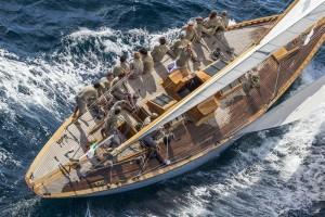 A bord d'Emilia, l'élégant 12 Mètre JI italien