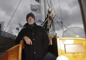 The Transat Bakerly : Loïck Peyron's tribute to Tabarly is cut short