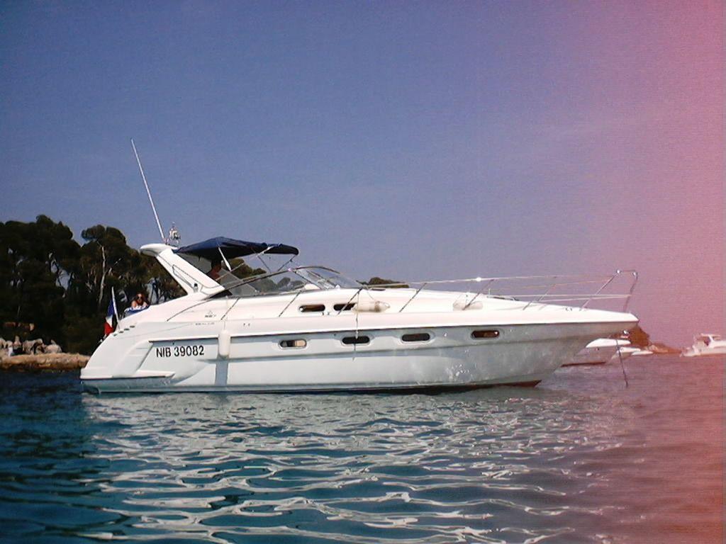Boat location: Golfe Juan (France). NauticNews.com Tech Specs of Sealine S37