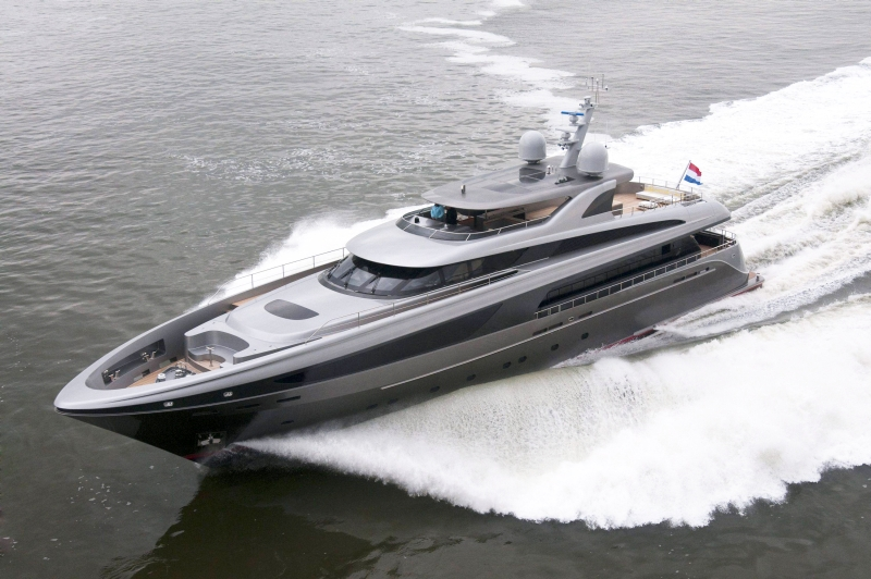 NauticNews » Super and mega yachts