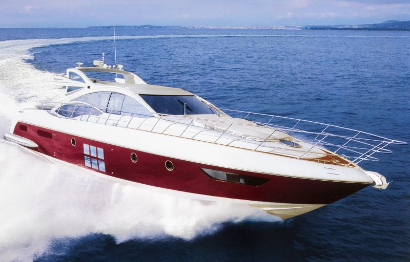 Unveiled at the last Genoa boat show, the Azimut 62S did not go unnoticed ...