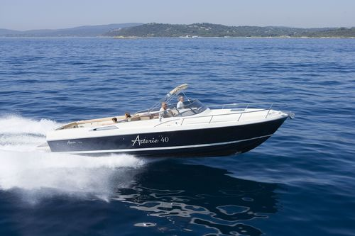 Asterie 40 (Day cruiser)