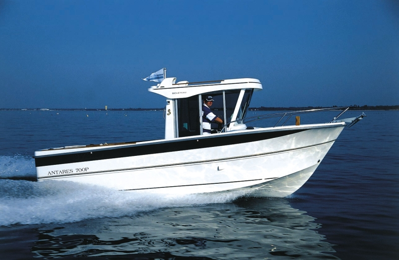 Beneteau antares 700 fishing 700p for Small fishing sponsors