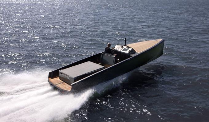 C-Boat C-12 (Open)