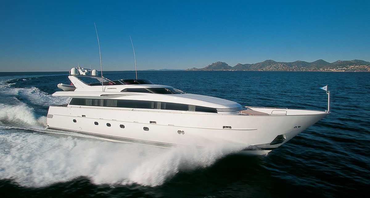 CNL Admiral 30 <strong>Matuska</strong> (Motor Yacht)