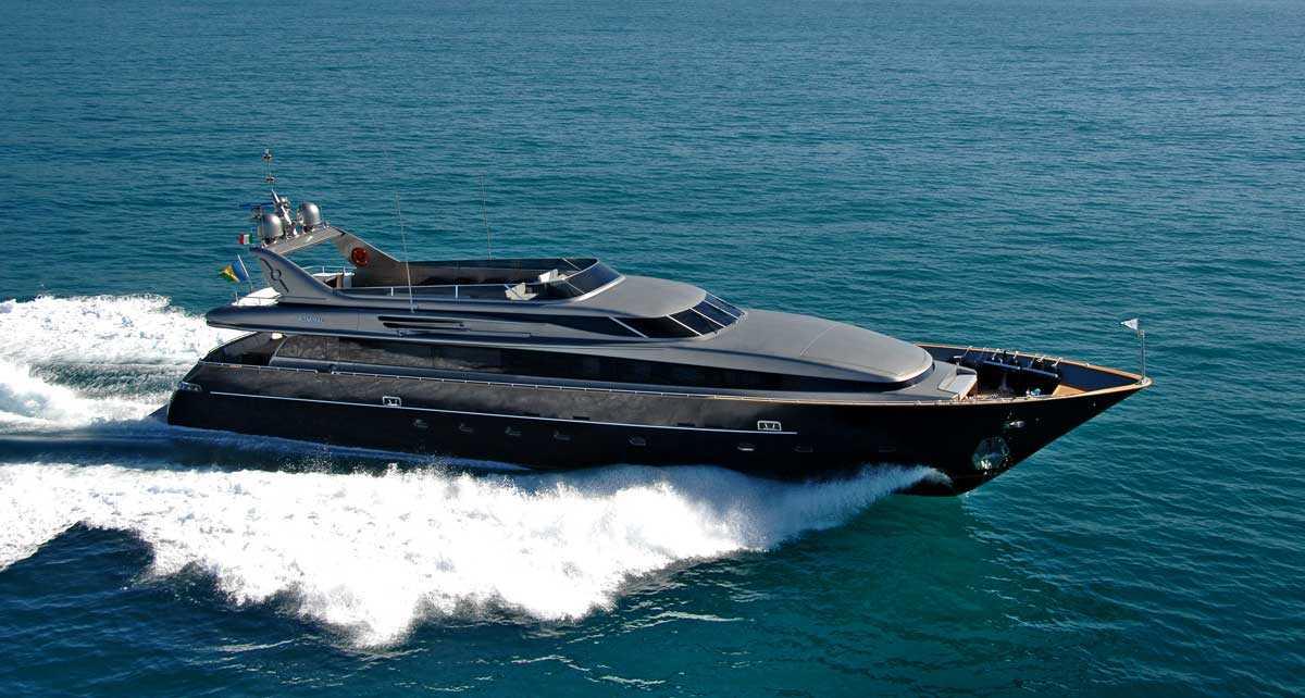 CNL Admiral 35 <strong>Framura</strong> (Motor Yacht)