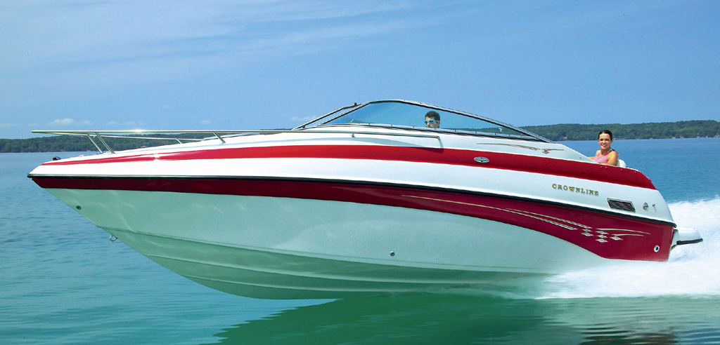 Crownline 235 CCR (Day cruiser)
