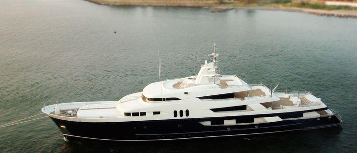 Jade Yachts <strong>Amadeus</strong> (Motor Yacht)