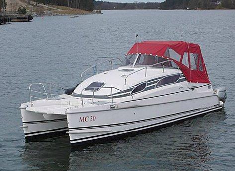Motorcat MC30 (Power Boat)