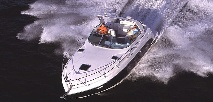 Rinker 320 Express Cruiser (Day cruiser)