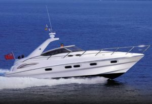 Sealine S38: the point of technology