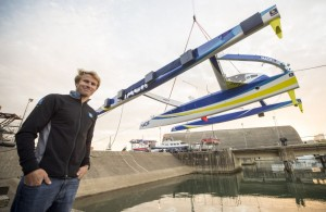 Le trimaran MACIF mis à l'eau, François Gabart est prêt pour de nouveaux défis