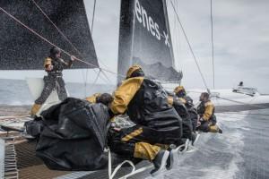 Trophée Jules Verne : Spindrift 2 dans les 50èmes Hurlants, IDEC Sport au pays des glaces