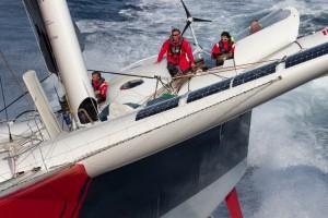 """Trophée Jules Verne : """"ça va être assez violent""""… Francis Joyon"""