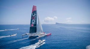 Francis Joyon has set sail: IDEC SPORT is heading for Vietnam
