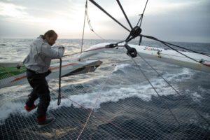 Brest Atlantiques : Sodebo Ultim 3 perd l'arrière du flotteur sur la route vers Cape Town