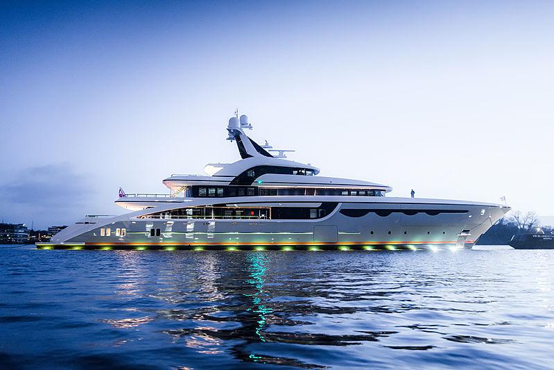 Abeking & Rasmussen <strong>Soaring</strong> (Motor Yacht)