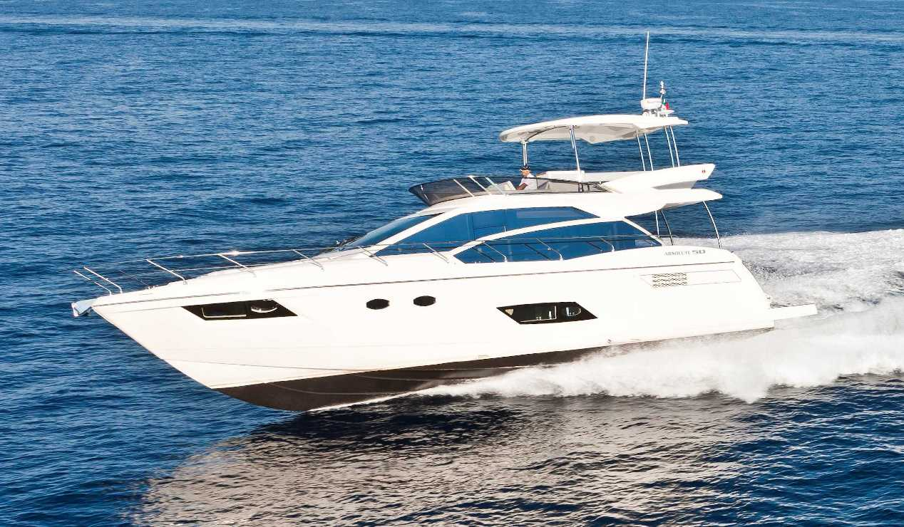 Absolute Yachts 50 Fly (Fly / Motor Yacht)