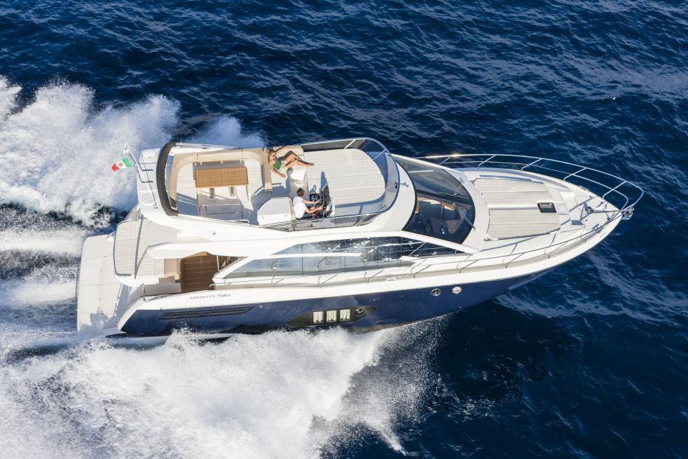 Absolute Yachts 56 Fly (Fly / Motor Yacht)
