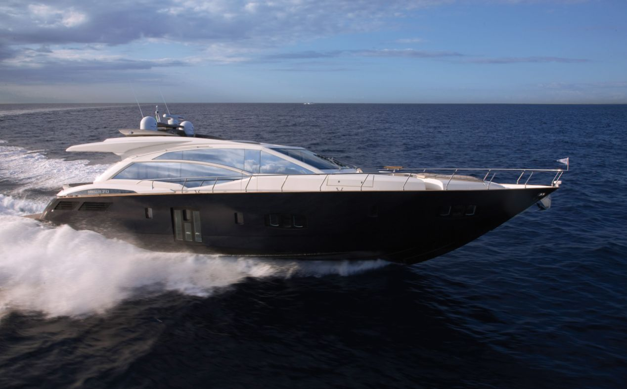 Absolute Yachts 70 (Motor Yacht)