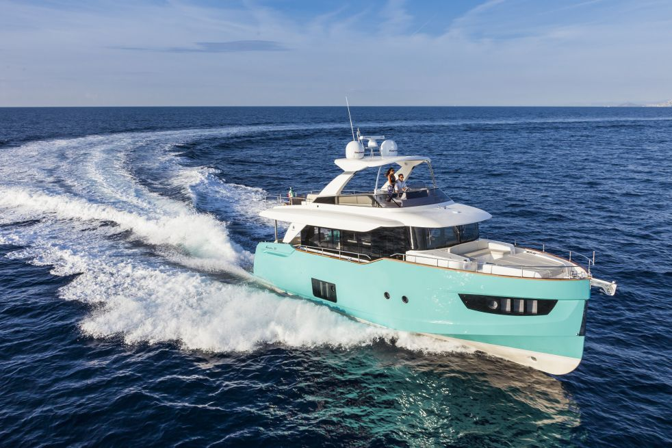 Absolute Yachts Navetta 58 (Fly / Motor Yacht)
