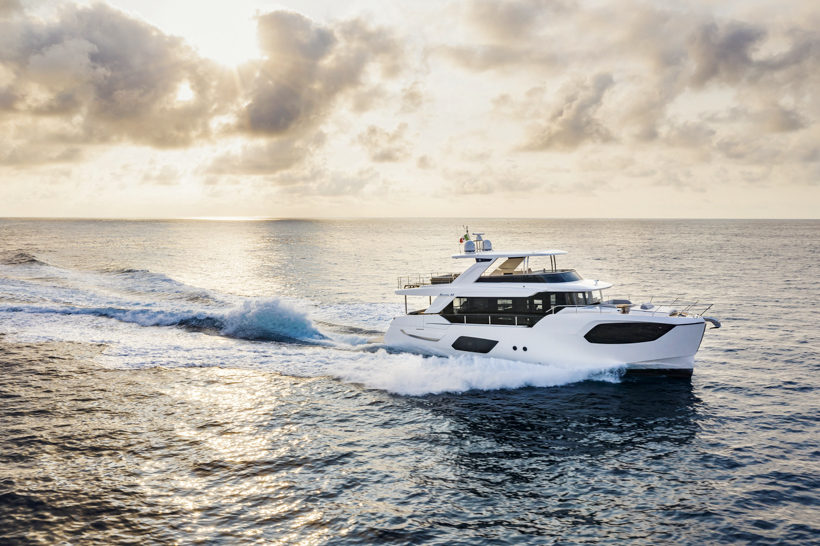 Absolute Yachts Navetta 68 (Fly / Motor Yacht)