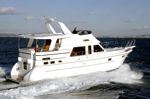 Adagio Yachts Sundeck 48 (Fly / Trawler)
