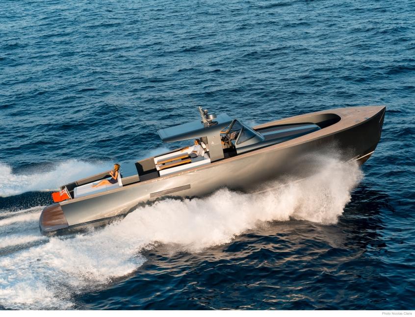 Alen Yachts 55 (Day cruiser / Motor Yacht)