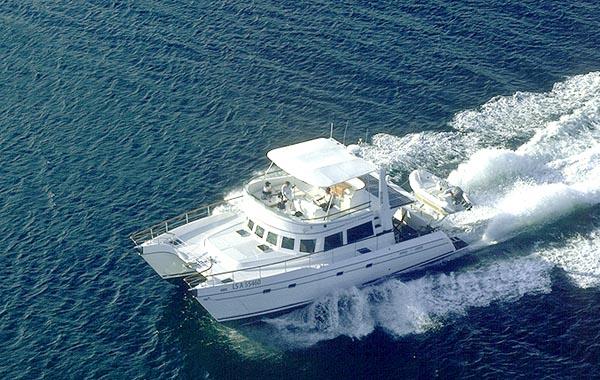 Alliaura Marine Transcat 48 (Power Boat)