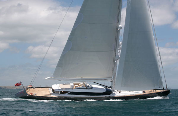 Alloy Yachts <strong>Red Dragon</strong> (Sailing Yacht)