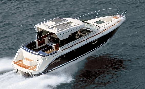 Aquador 23HT (Power Boat)
