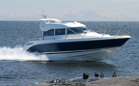 Aquador 28C (Power Boat)