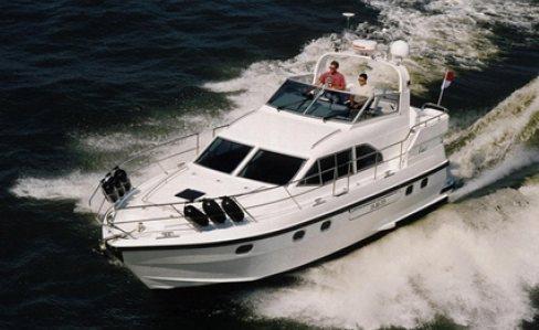 Atlantic 38 (Power Boat / Fly)