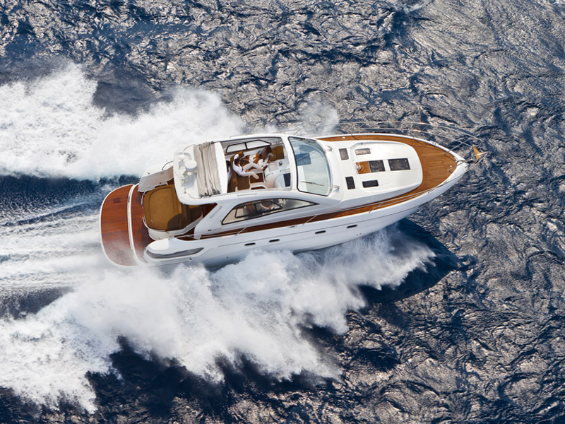 Bavaria Sport 43 Open ou Hard Top (Motor Yacht / Sport / Open)