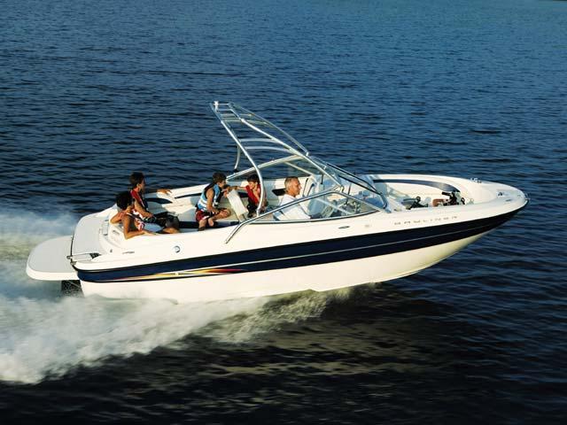 Bayliner 219 (Pêche Promenade)
