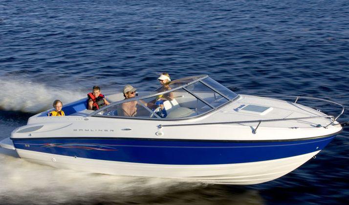 Bayliner 652 (Day cruiser)