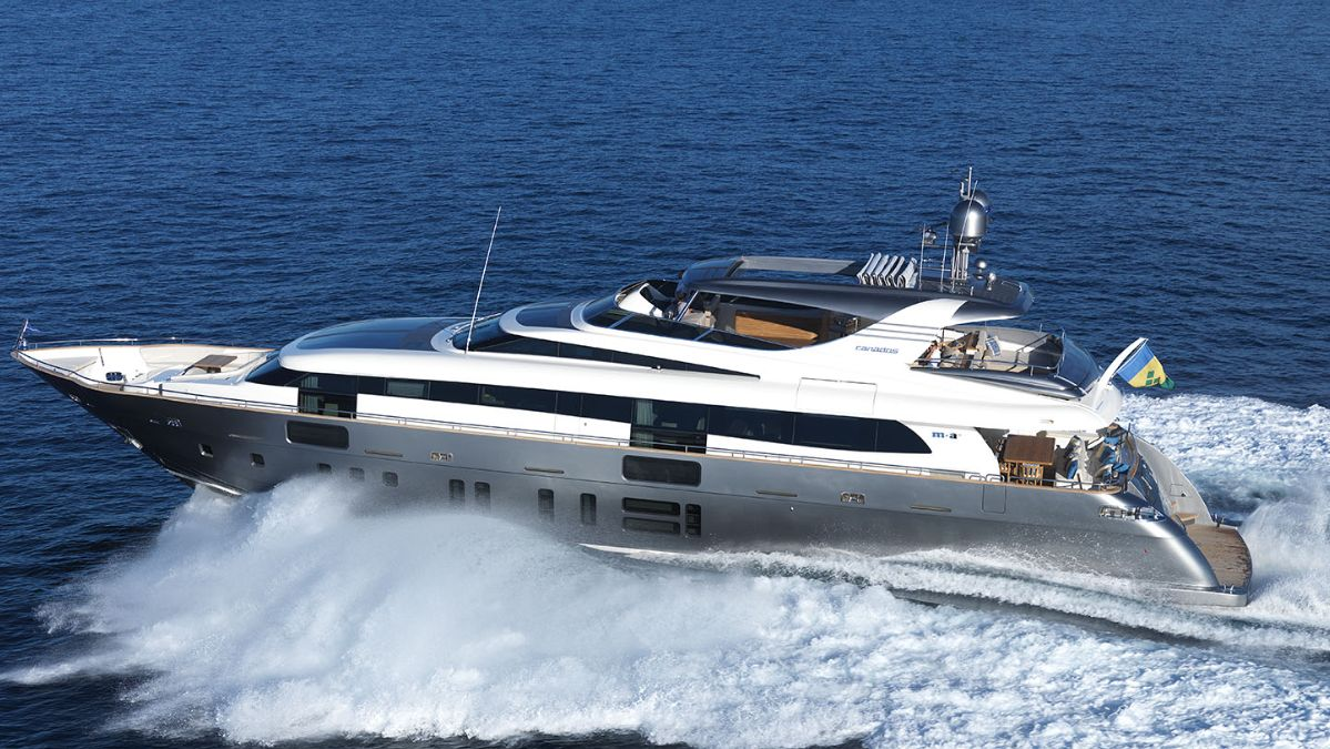 Canados 108 Classic (Fly / Motor Yacht)