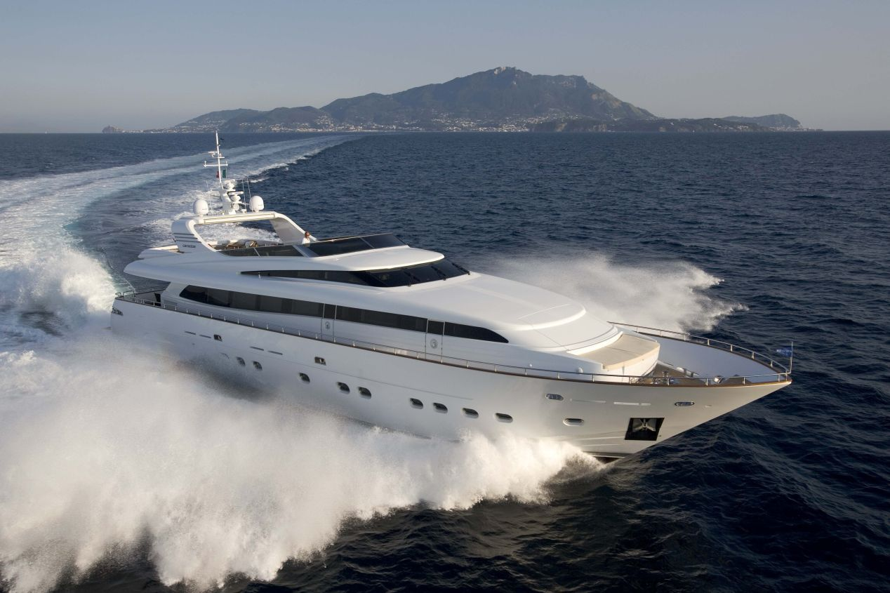 Canados 110 Fly (Motor Yacht)