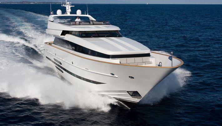 Cantieri Di Pisa Akhir 108 (Motor Yacht)