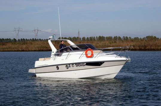 Cranchi Zaffiro 29 (Day cruiser)
