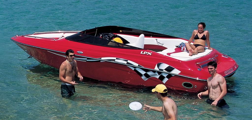 Crownline 202 LPX (Day cruiser)