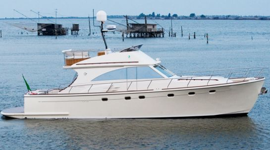 Cantieri Estensi 560 Fly Goldstar C (Fly / Lobster)