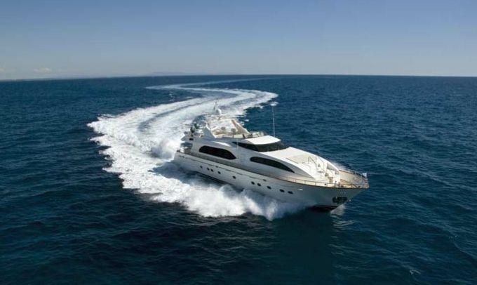 Falcon 102 (Motor Yacht / Fly)