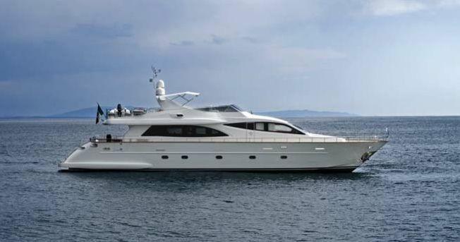 Falcon 90 (Motor Yacht / Fly)