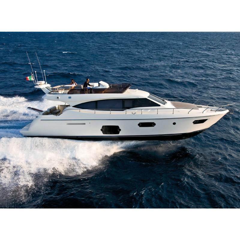 Ferretti 560 (Fly / Motor Yacht)