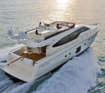 Ferretti 631 (Fly / Motor Yacht)