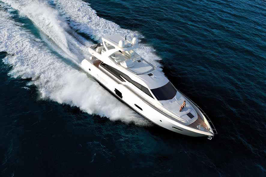 Ferretti 720 (Fly / Motor Yacht)